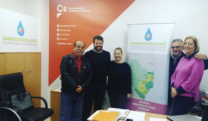 Ciudadanos Torrevieja se reúne con la Plataforma Sanidad Excelente para conocer sus líneas a seguir