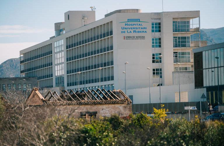 LOS DESASTRES SANITARIOS DE ALZIRA Y DEL HOSPITAL CLINICO DE VALENCIA PODRÁN PRODUCIRSE EN LA COSTA DE LA VEGA BAJA CON LA REVERSIÓN DEL DEPARTAMENTO DE SALUD 22