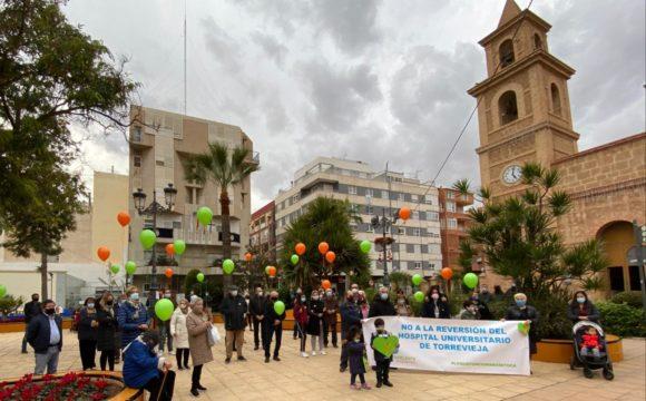 Sanidad Excelente reúne en su reivindicación a la Fapa Gabriel Miró, Apanee y Alpe por la sanidad y la educación
