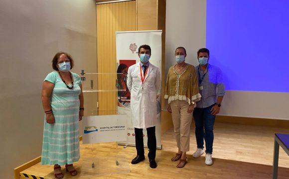 EL DIRECTOR MEDICO DEL HOSPITAL DE TORREVIEJA JOSE DAVID ZAFRILLA SE REUNE CON SANIDAD EXCELENTE